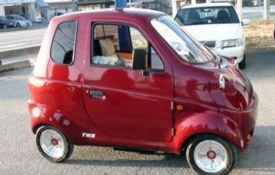 Giappone: le eco-minicars fatte a mano