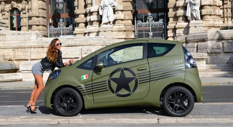 Marina Tataru guida la Casalini M14 verde militare